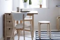 Раздвижной стол для маленькой гостиной